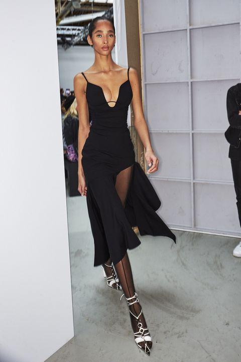 Fashion model, Fashion, Clothing, Shoulder, Fashion design, Runway, Fashion show, Dress, Haute couture, Joint,