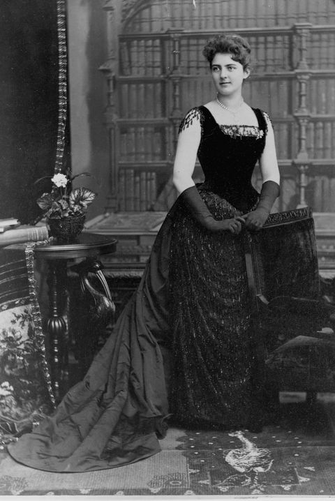 frances folsom cleveland in gown