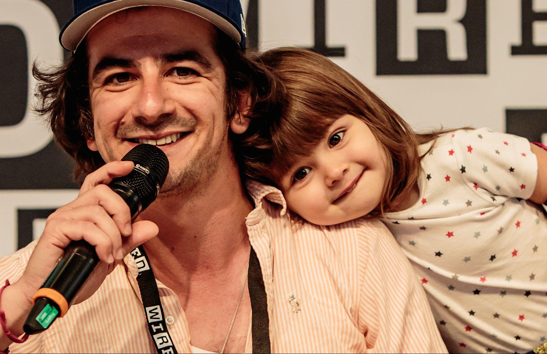 Io, Francesco Mandelli, papà con i superpoteri