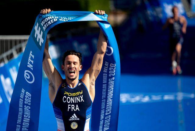 connix cruza la meta primero para dar a francia el campeonato del mundo de relevos mixtos en hamburgo