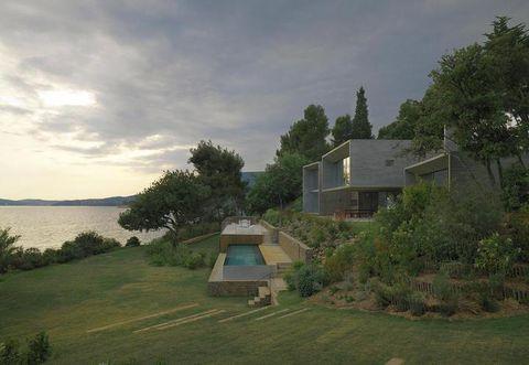 Plant, Property, Landscape, House, Land lot, Building, Real estate, Rural area, Roof, Home,
