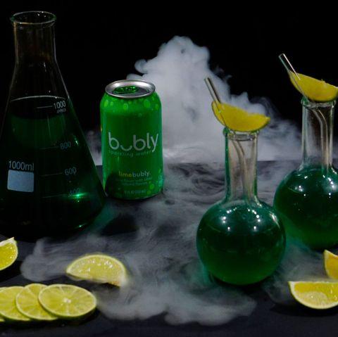 Drink, Lemon-lime, Key lime, Lime, Liqueur, Gin and tonic, Distilled beverage, Alcoholic beverage, Glass, Citrus,