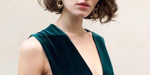 Clothing, Fashion model, Shoulder, Turquoise, Dress, Blue, Cocktail dress, Teal, Beauty, Photo shoot,