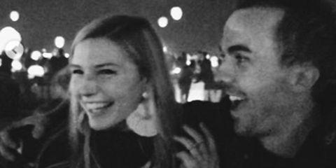Frankie Muniz engaged