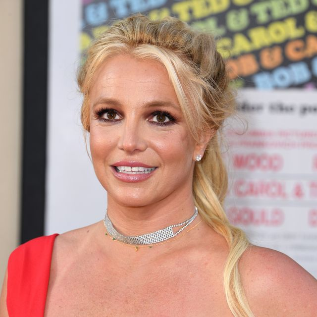 britney spears reacts to controlling britney spears documentary