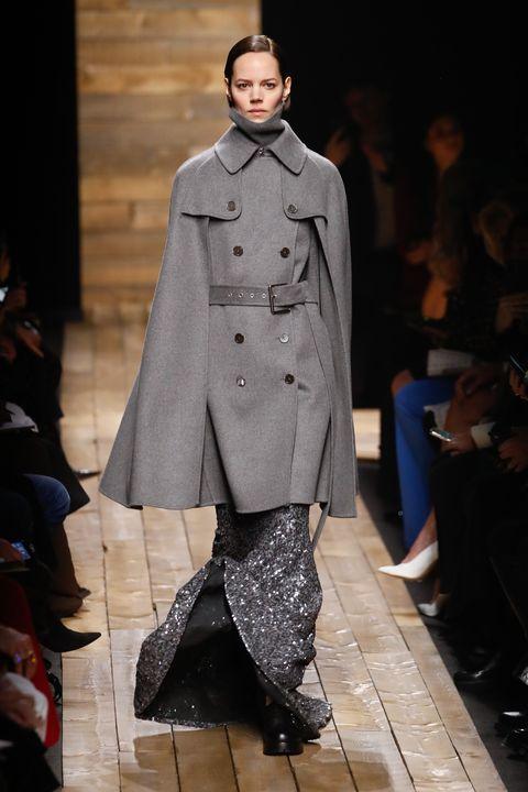 ファッションブランドがショーの新たなスケジュールを発表