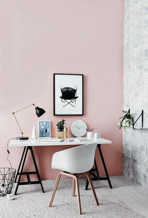 Zona de estudio y trabajo en rosa palo
