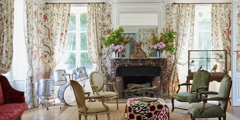 25 French Country Living Room Ideas