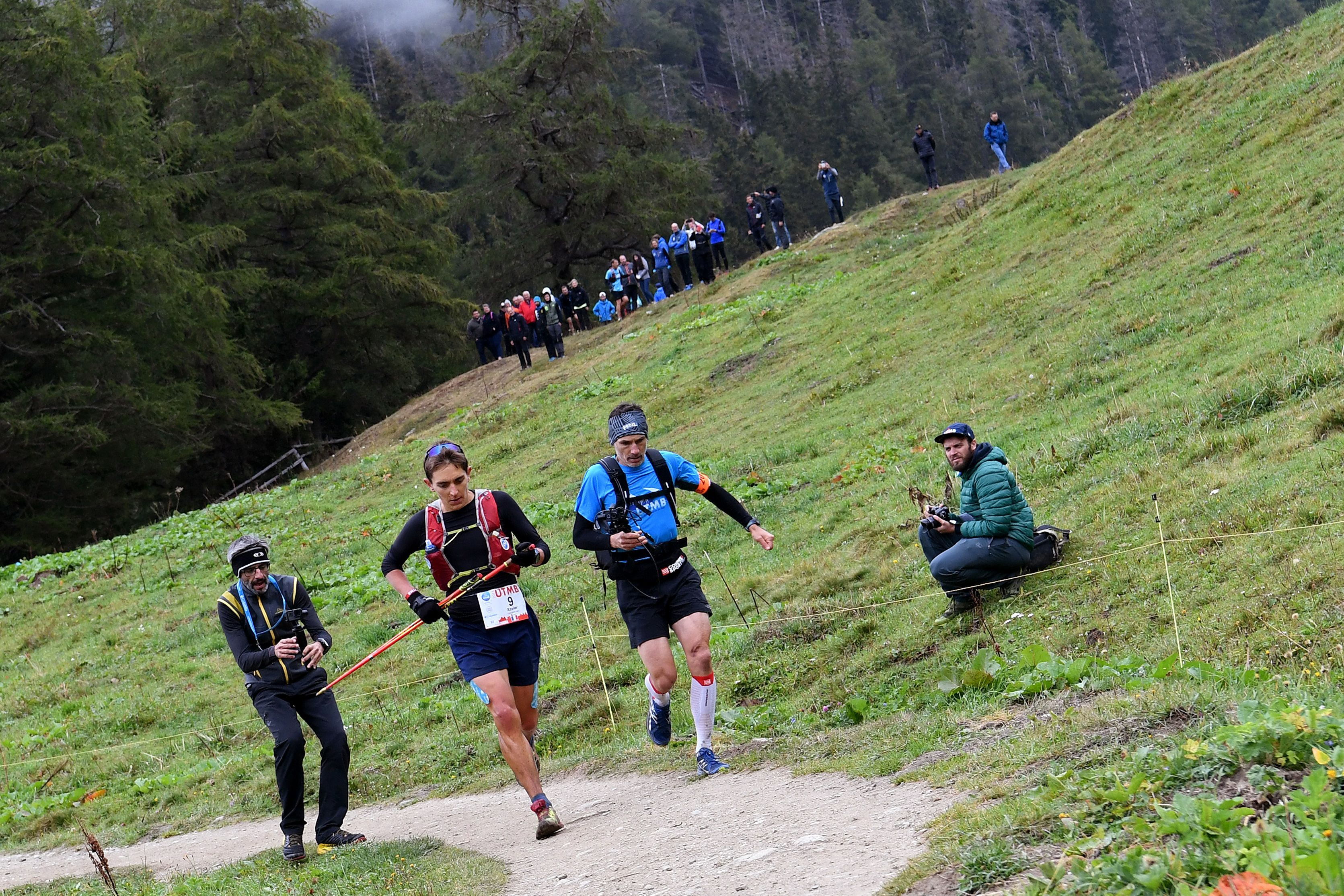 A new trail race has been criticised for offering unequal prize money