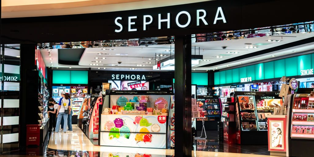 *Screams* Sephora Is Having An Epic Month-Long Sale In December