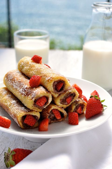 Dish, Food, Cuisine, Ingredient, Cannoli, Produce, Staple food, Breakfast, Blintz, Dessert,