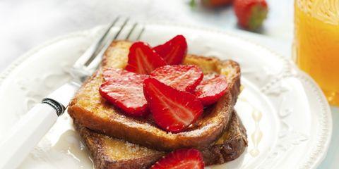 french-toast-strawberries-1024x682.jpg