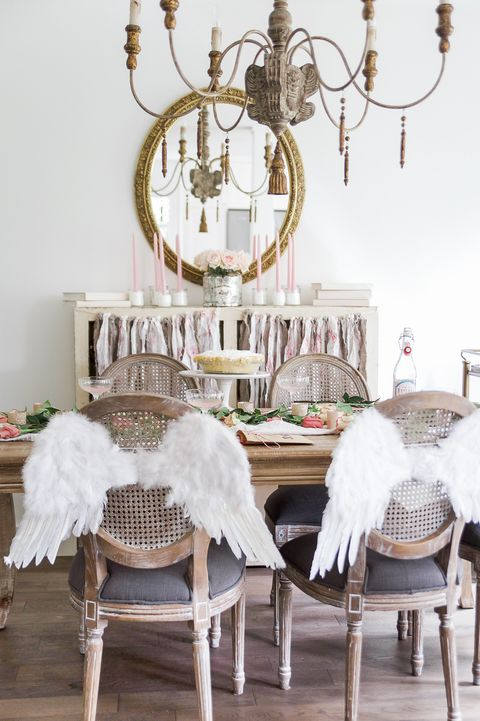 11 Stylish Valentine S Day Tablescape Ideas Romantic Table