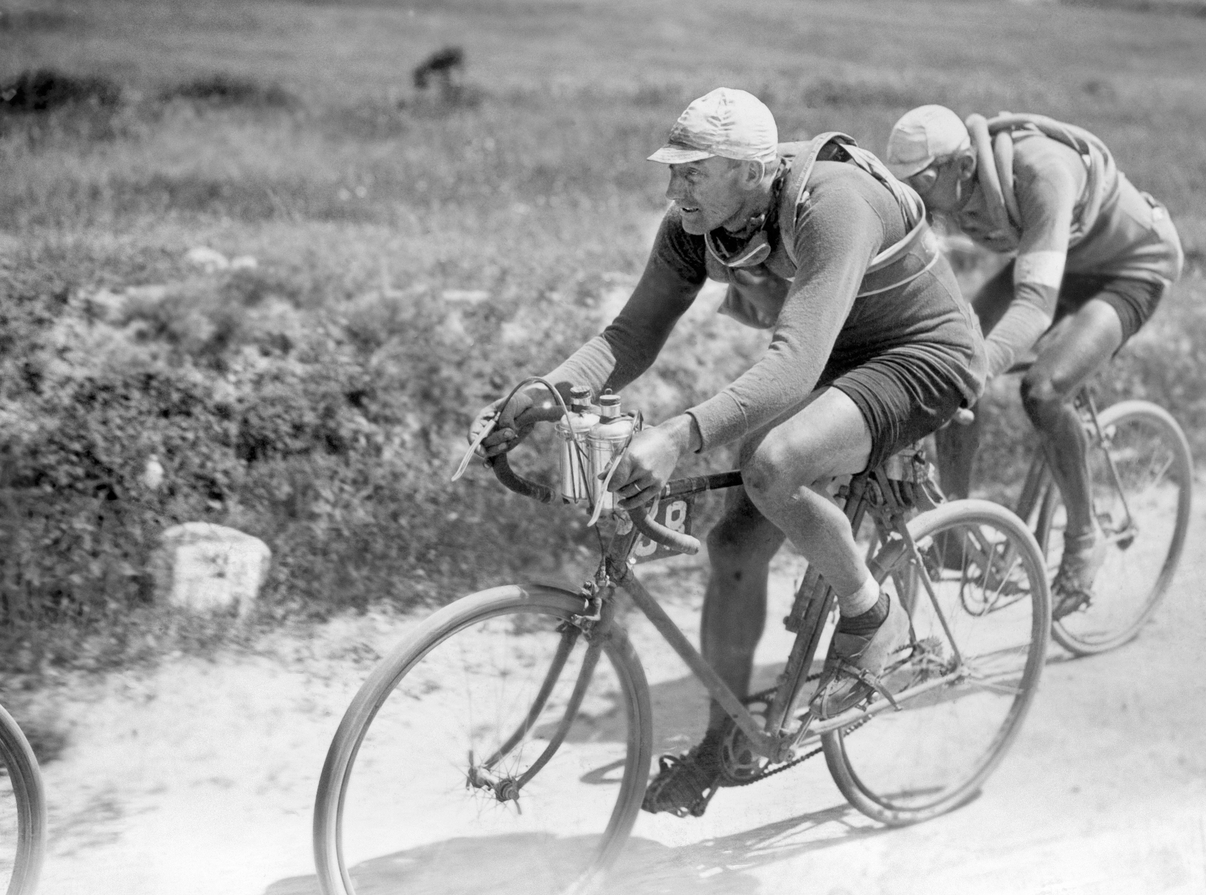 List of teams and cyclists in the 1909 Tour de France