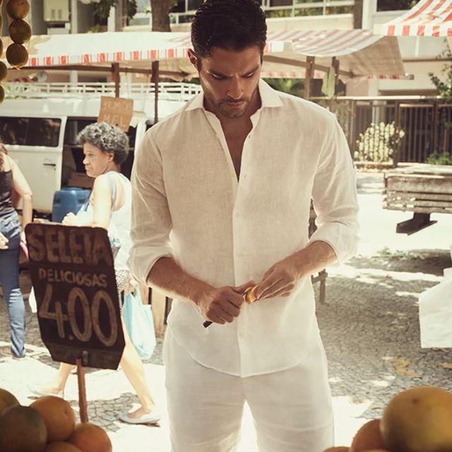 Como Combinar Camisas Y Pantalon De Lino La Seleccion De Prendas Para Hombre Del Verano