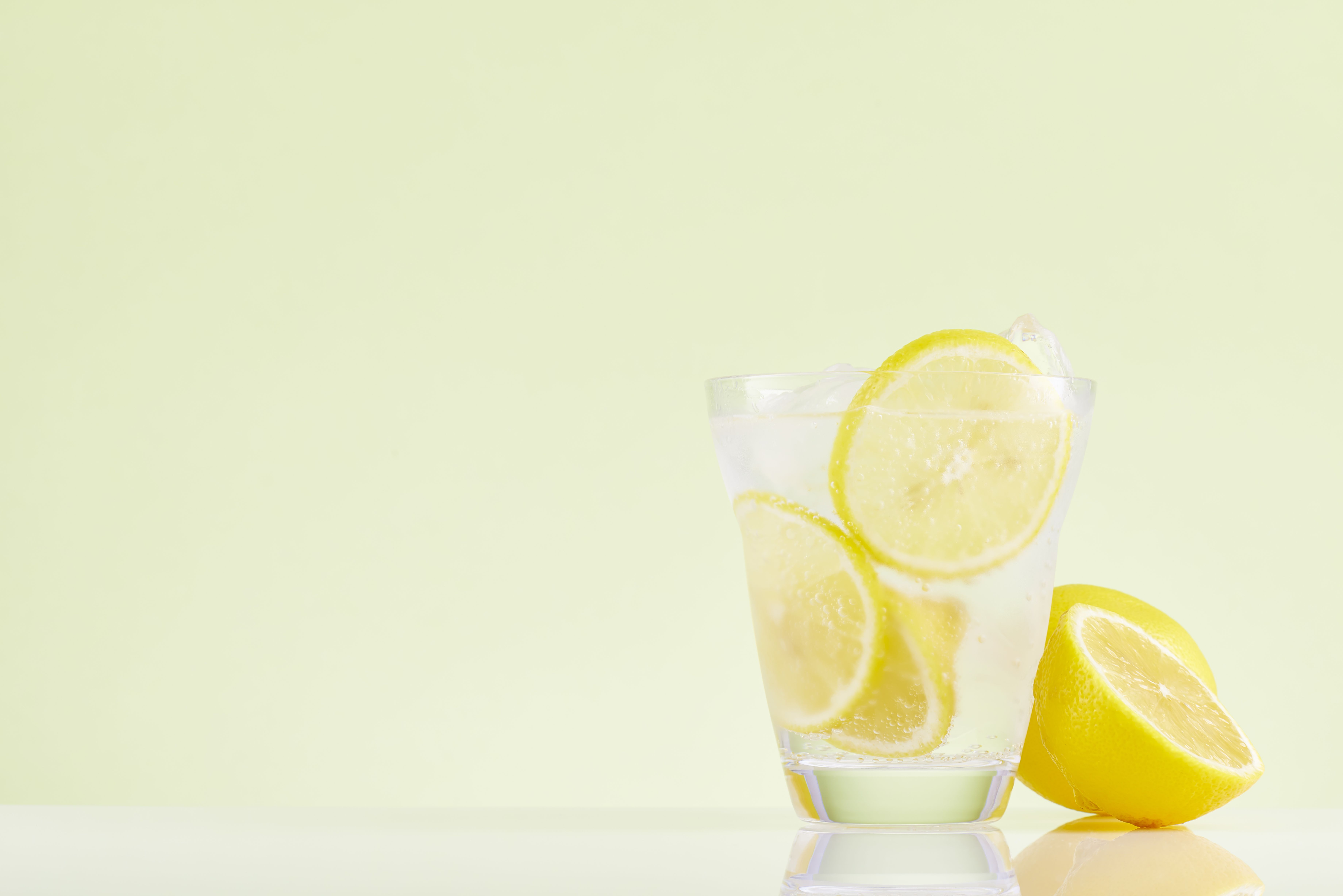 Is Lemon Water Good for You? - Lemon Water in the Morning