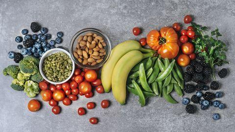藍莓、花椰菜、番茄、香蕉等蔬果