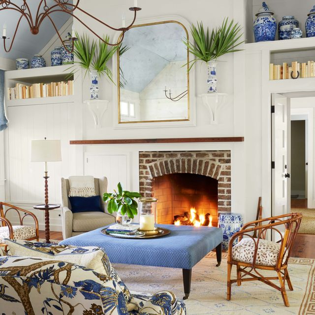 Show Pictures Of Decorated Living Rooms  from hips.hearstapps.com