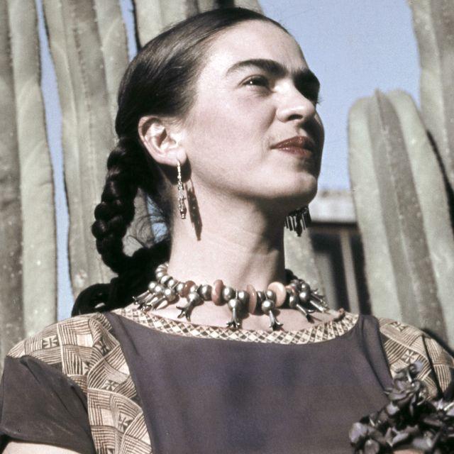 retrato de frida kahlo en mexico hacia 1940