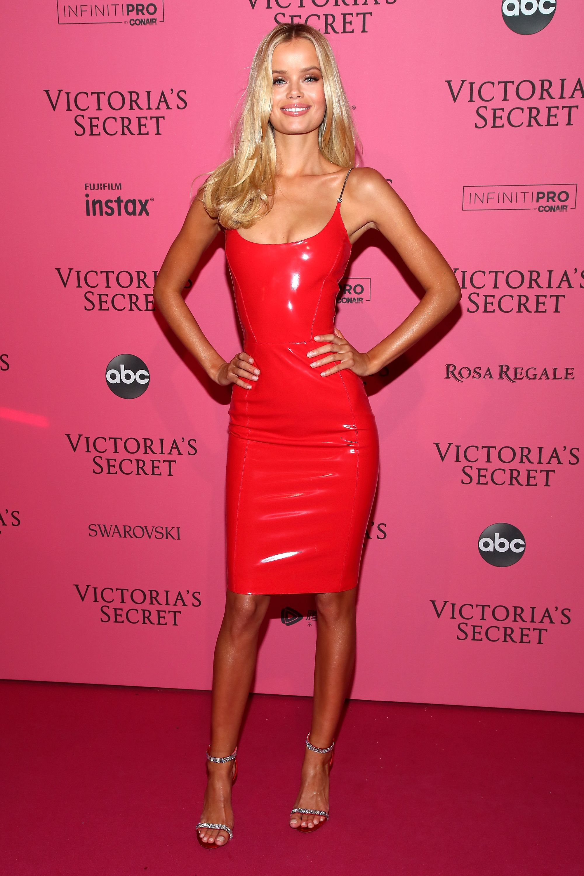 Victoria Secret pink carpet