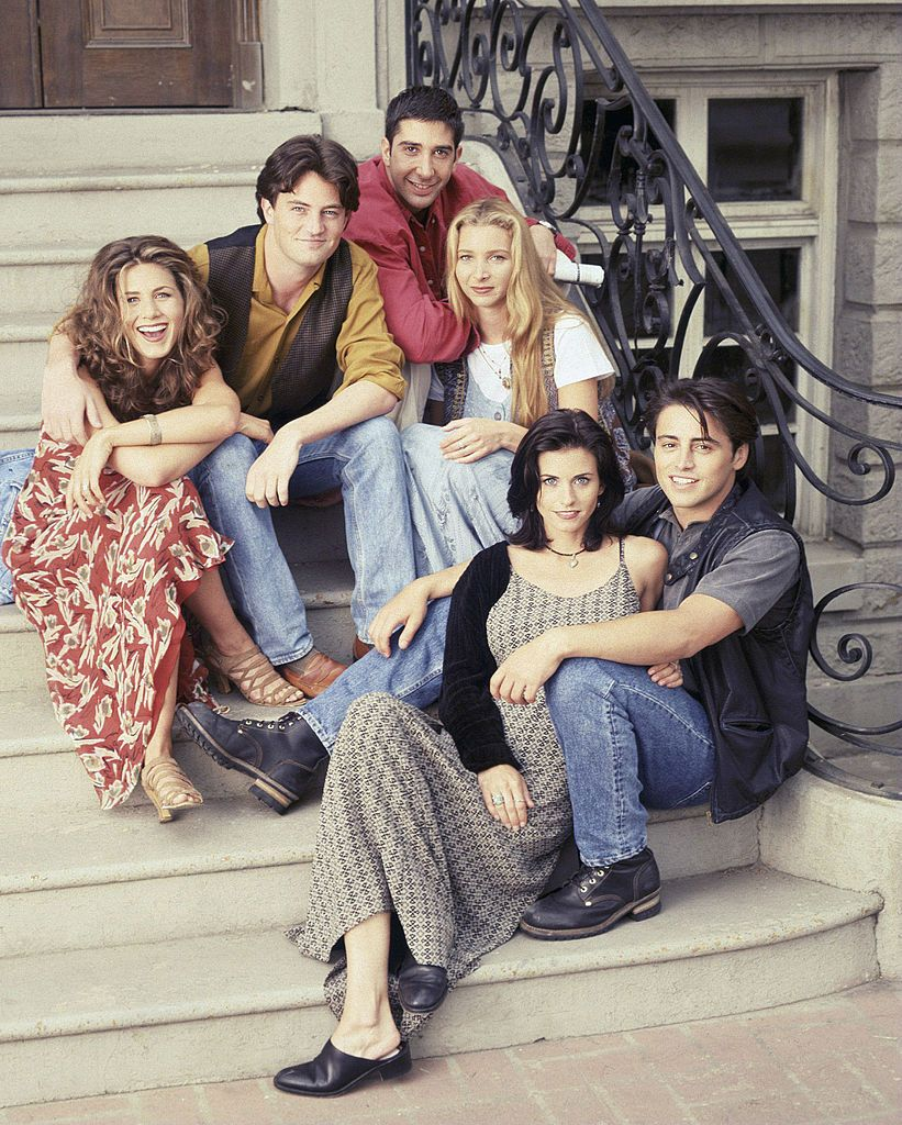 This Company Will Pay You $1,000 to Binge-Watch Friends and Live-Tweet About It