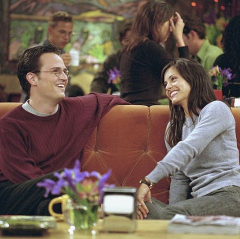 """""""Friends"""" Orange Couch Tour for 25th Anniversary"""