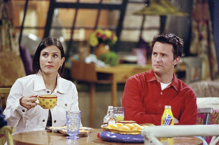 Courteney Cox shares a behind-the-scenes Friends throwback that has an emotional story attached