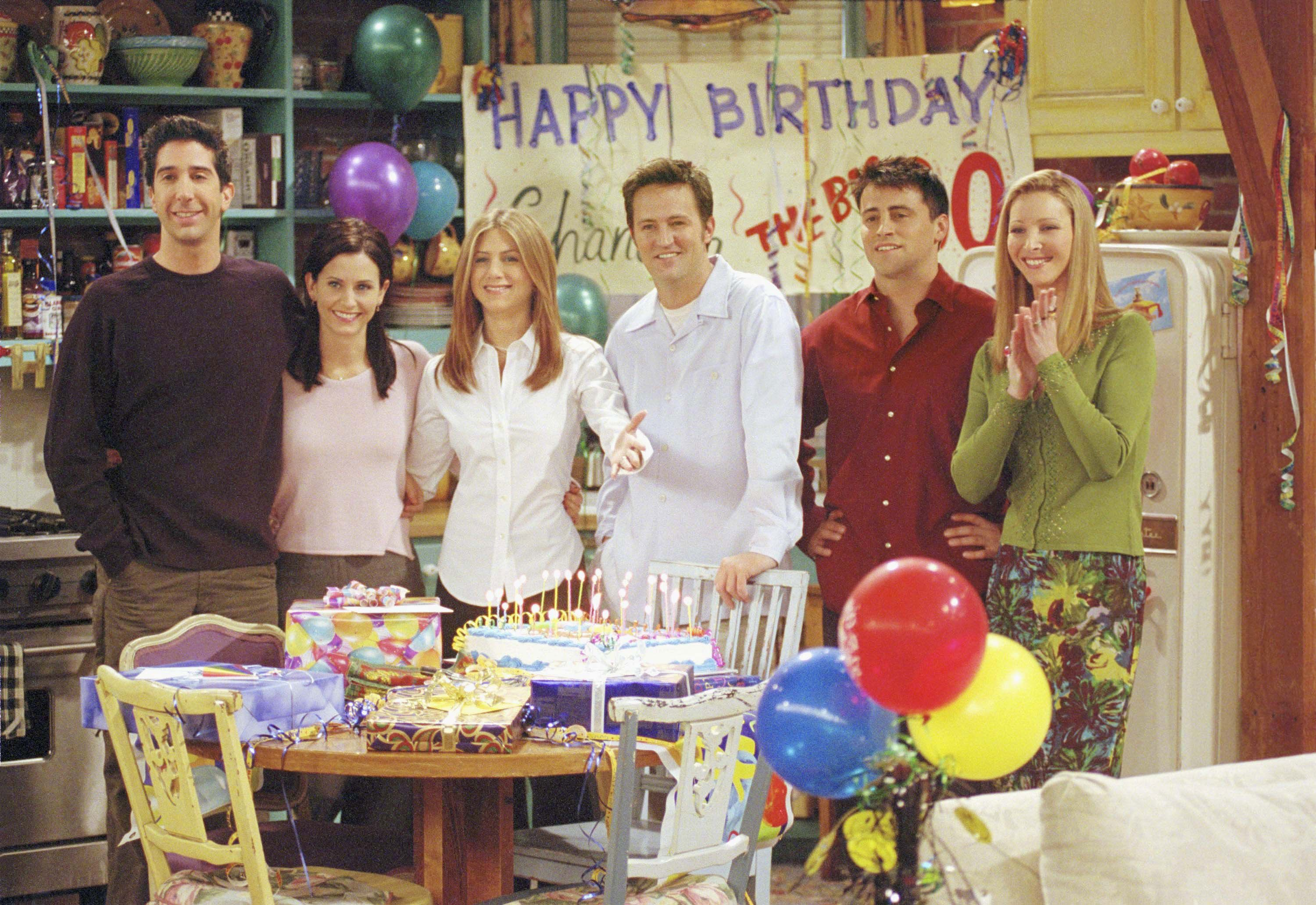 12 Friends Plot Holes Still Keeping People Up At Night