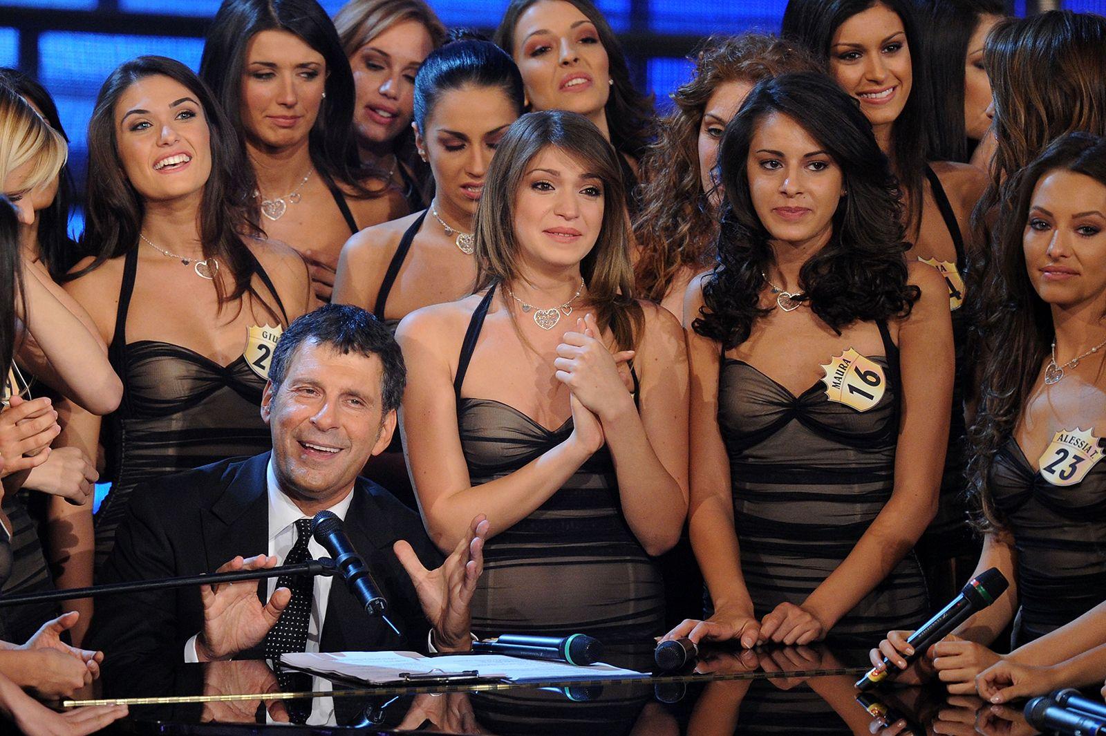 Fabrizio Frizzi morte biografia del conduttore sfortunato