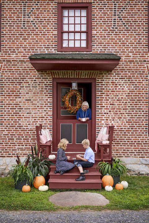 front door colors barn red