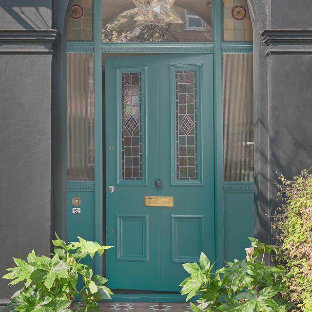 front door painted in teal voyage, dulux weathershield