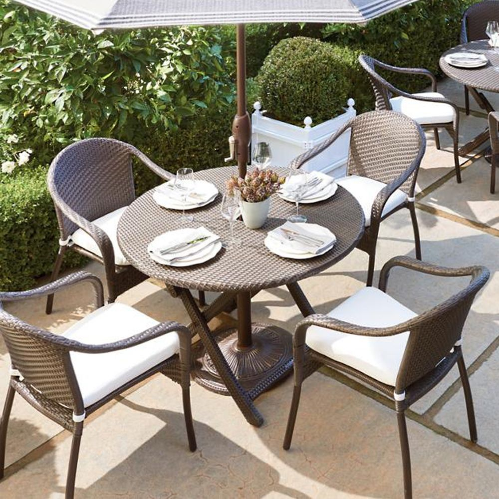 Frontgate Cafe Curved Back Chairs and Table Set & 11 Best Patio Dining Sets for Summer 2018 - Outdoor Dining Sets for ...