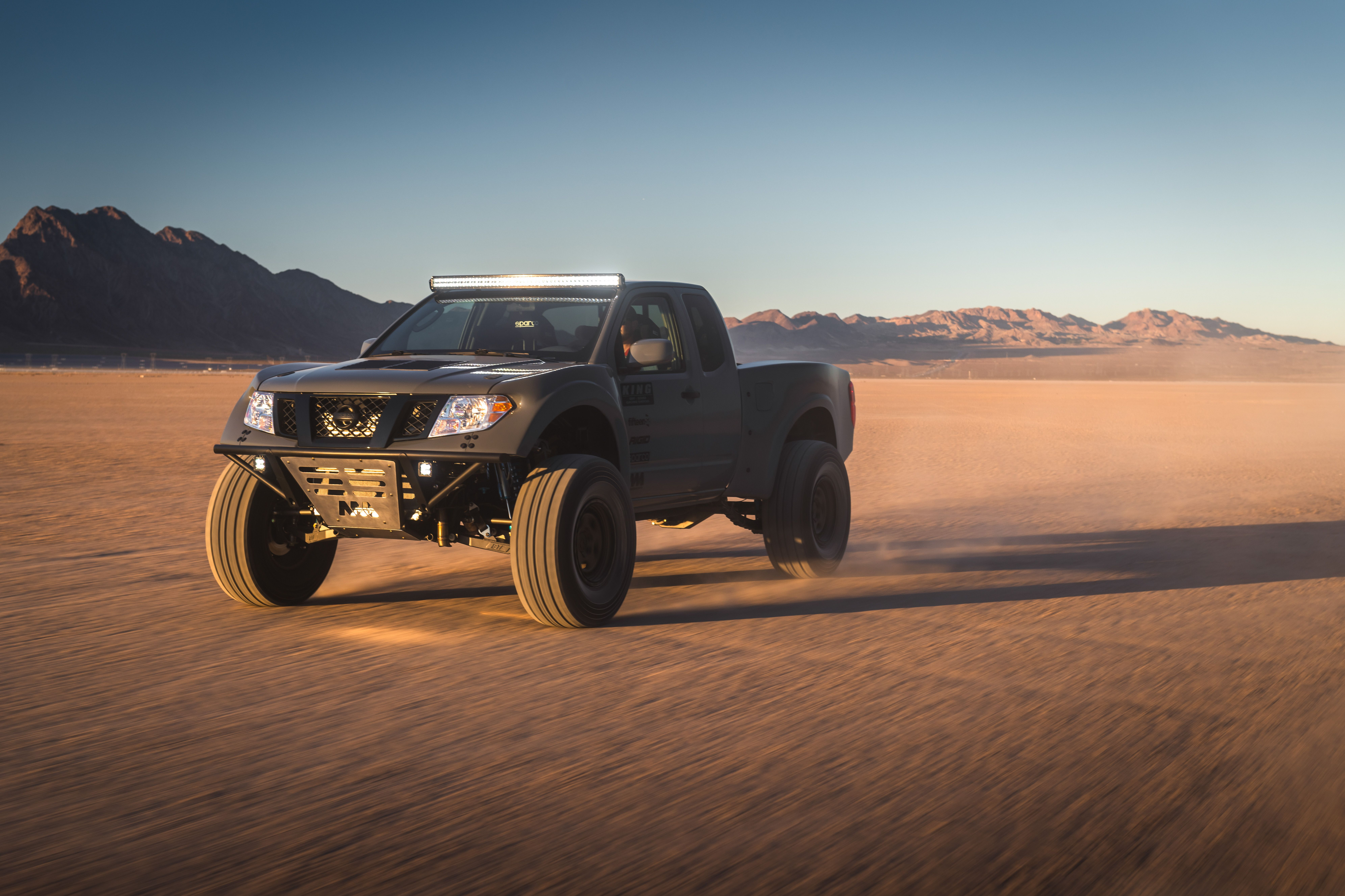 Nissan Frontier Desert Runner Has A 600 Hp V 8 With A Manual