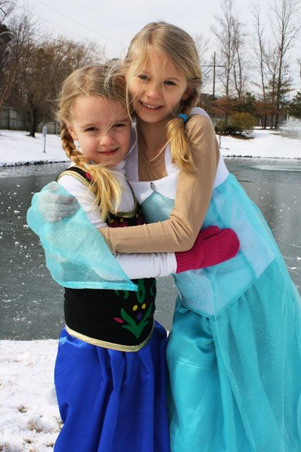 best friend frozen halloween costumes