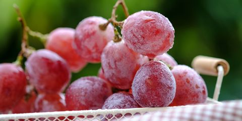 Grape, Fruit, Seedless fruit, Grapevine family, European plum, Food, Natural foods, Plant, Vitis, Flower,
