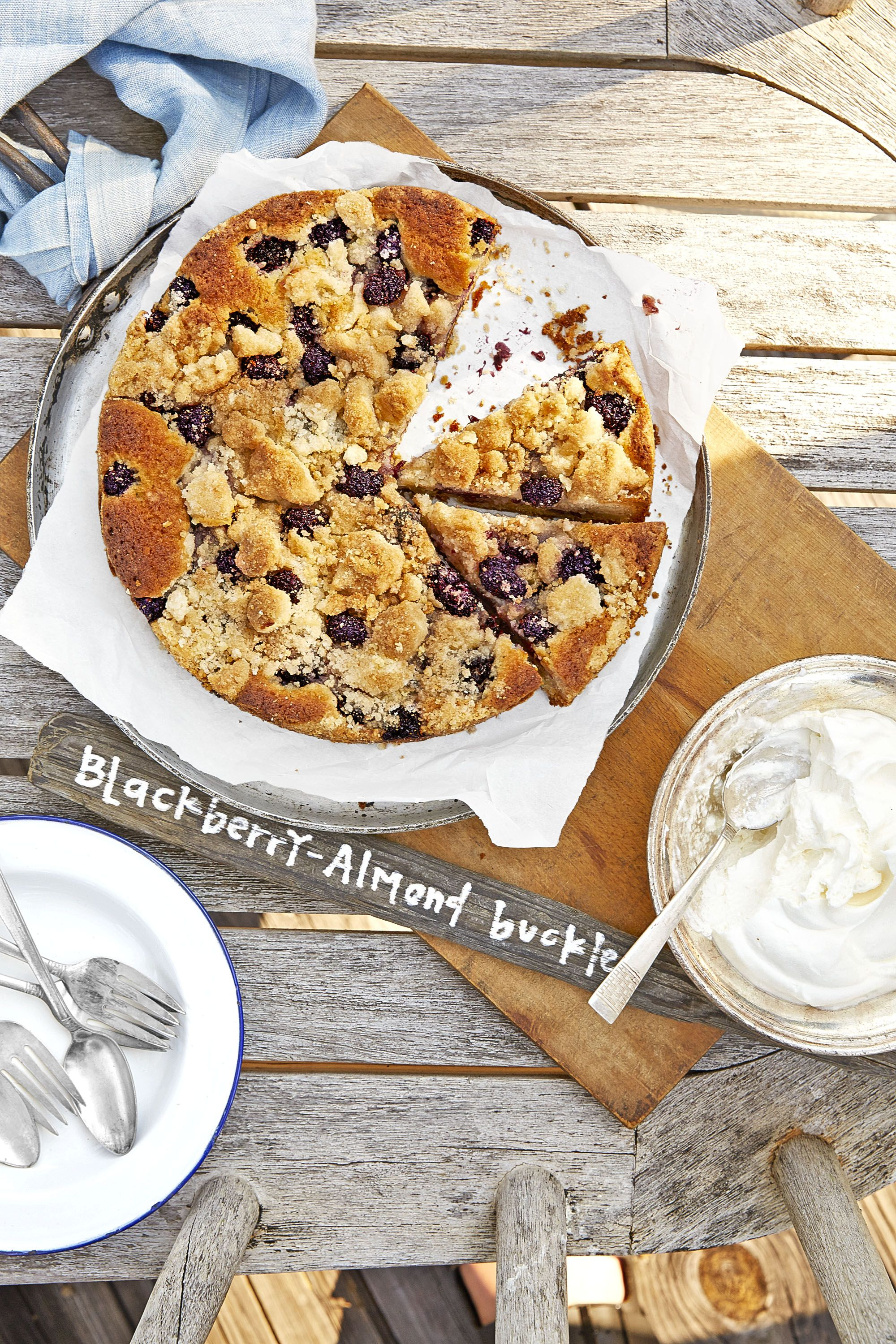 fruit desserts blueberry buckle