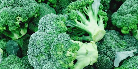 6 tips for growing broccoli this fall how to plant broccoli full frame shot of broccoli mightylinksfo