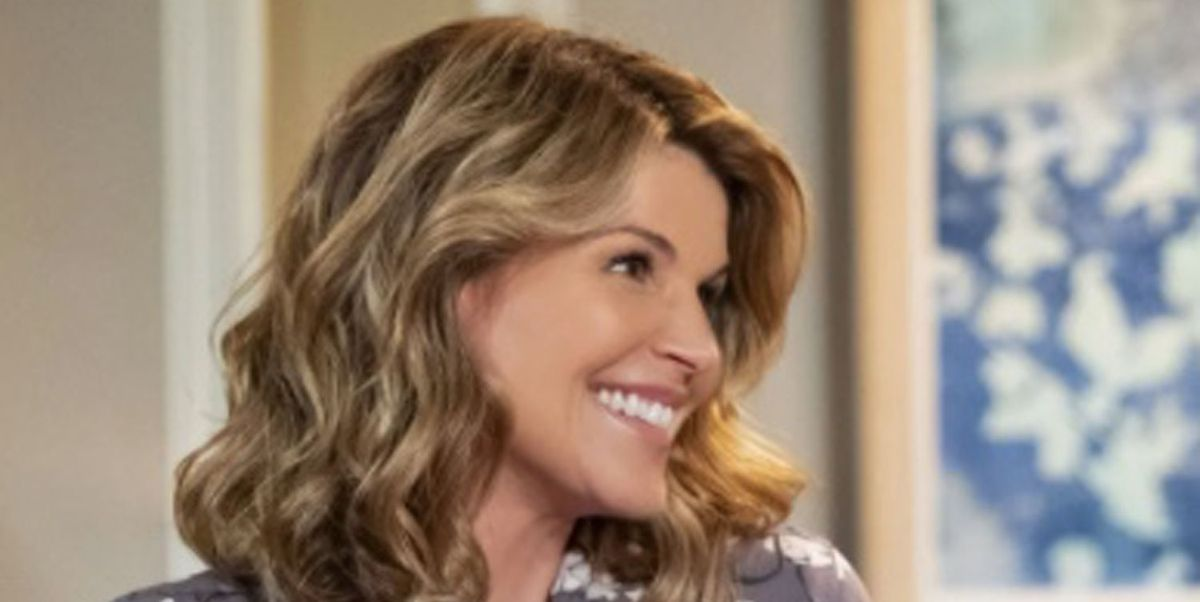 Lori Loughlin on Fuller House - how the show explained her disappearance