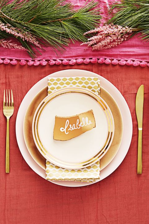 fun christmas table setting - Christmas Dinner Decorations