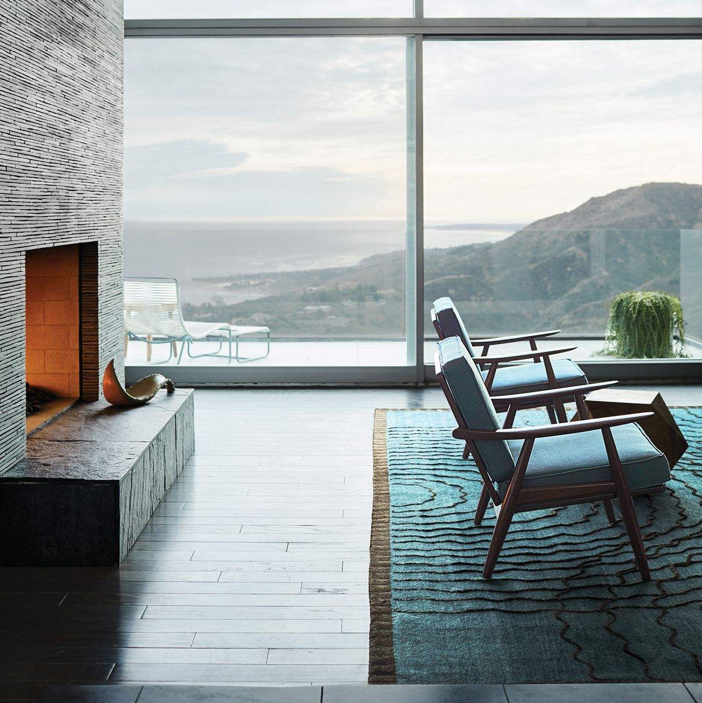 A Dream House on the Malibu Coast with Breathtaking Views
