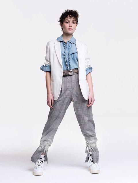 Clothing, White, Fashion model, Jeans, Denim, Standing, Fashion, Pocket, Neck, Human,