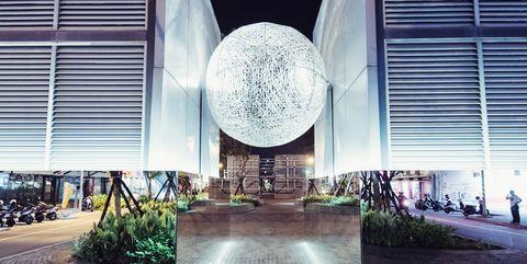 Landmark, Architecture, Sky, Building, Lobby, Metropolitan area, Sphere, City, Interior design, Headquarters,