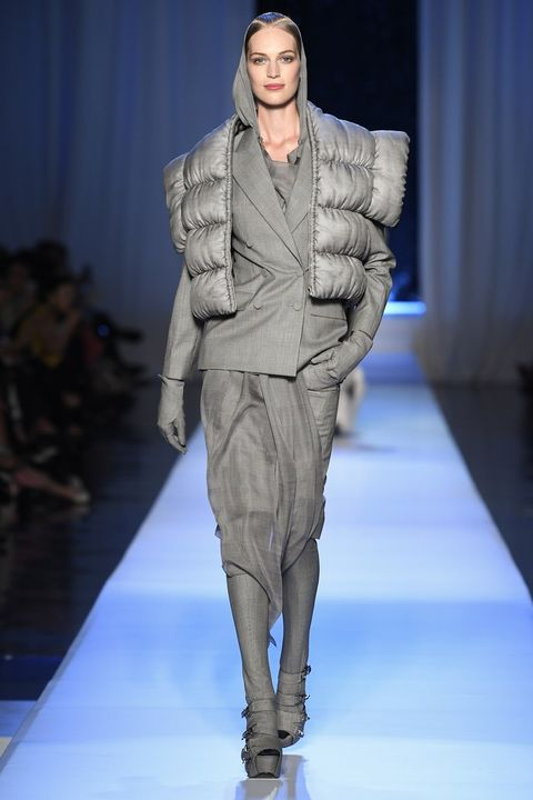 Fashion show, Event, Shoulder, Runway, Joint, Outerwear, Fashion model, Style, Fashion, Neck,