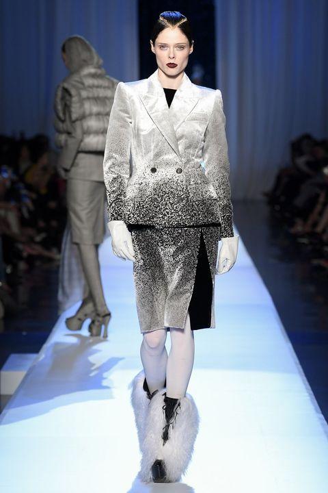 Fashion, Fashion model, Fashion show, Runway, Clothing, Fashion design, Haute couture, Human, Event, Outerwear,