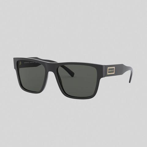 gafas de sol con logo vintage modelo 90s de versace 190 euros