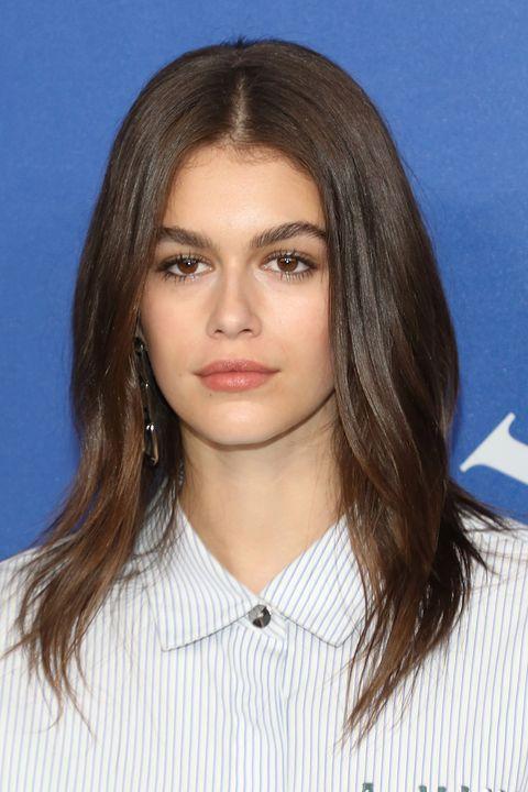 hair, face, hairstyle, eyebrow, chin, layered hair, brown hair, forehead, blond, long hair,