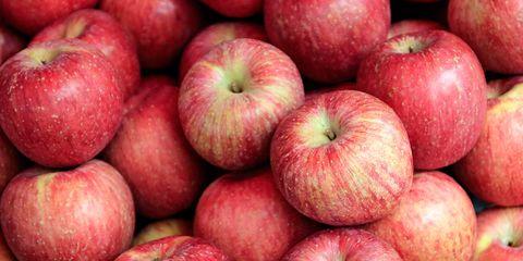 Natural foods, Local food, Apple, Fruit, Food, Superfood, Mcintosh, Plant, Vegan nutrition, Produce,