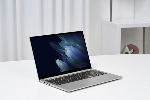 samsung galaxy book 15in laptop