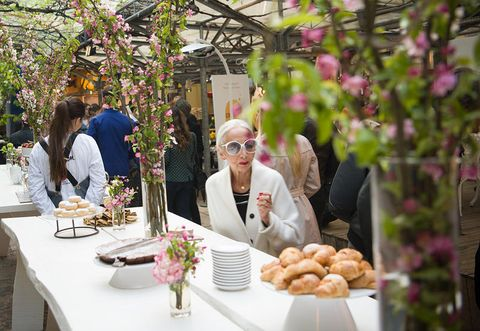 Table, Furniture, Finger food, Floristry, Petal, Bouquet, Greenhouse, Retail, Flower Arranging, Dish,