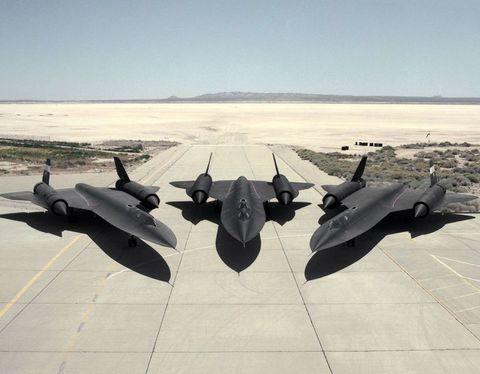 「SR-71ブラックバード(SR-71 Blackbird)」はどうしてこんなにも最高な航空機